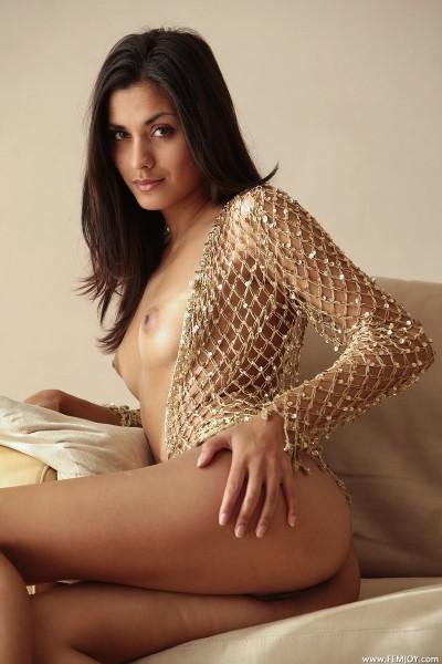 Adrienne nude photo 2