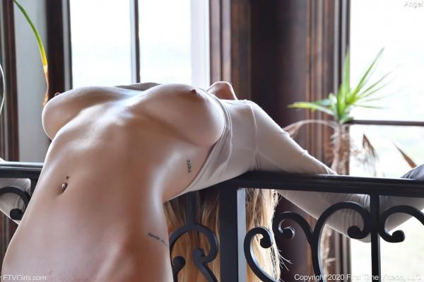 Horny and twerking - angel_29002_14.jpg
