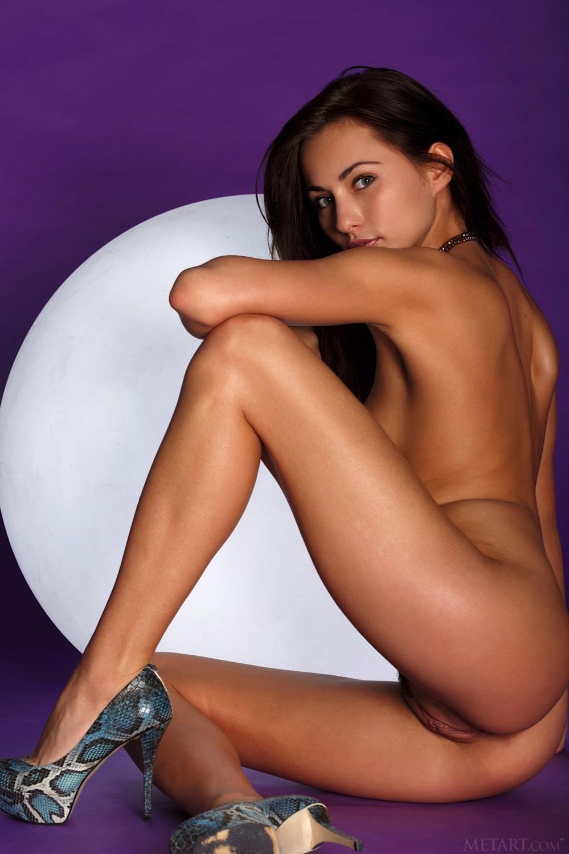 Celebrity Kalena Nude Scenes