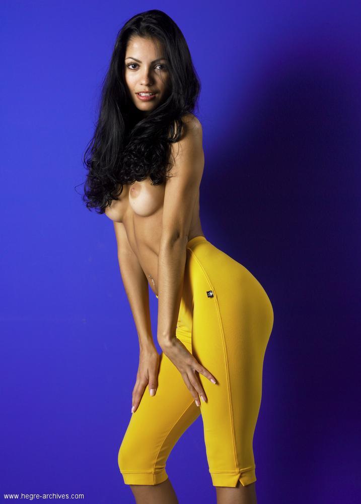 Brazilain nude model keity