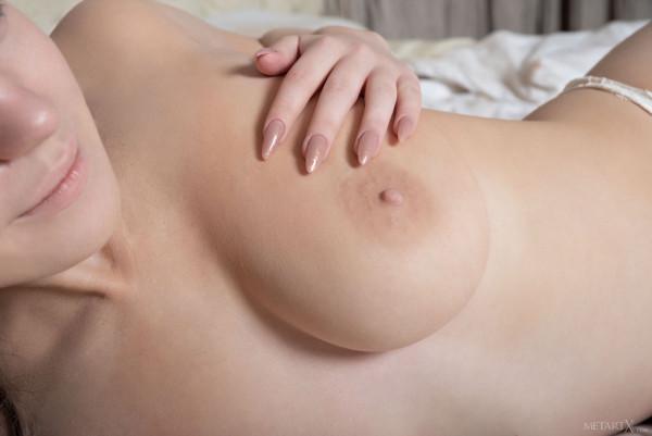 Casual Bottomless Girls - kiere_20_48956_4.jpg