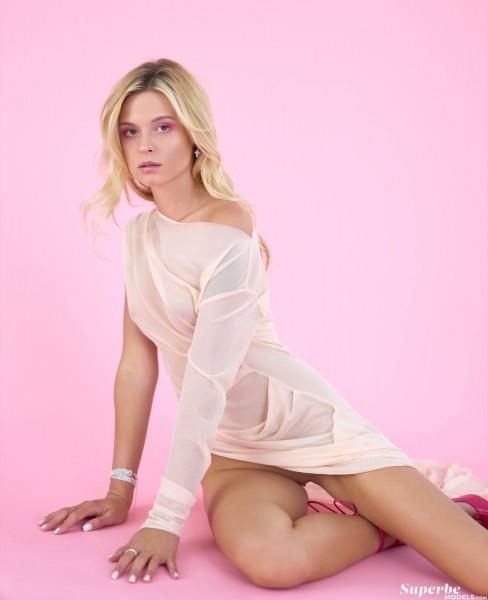 Ksyusha Levedeva nude photo 6