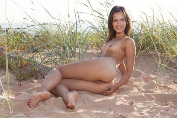 Sexy bitches - laina_21_39875_10.jpg