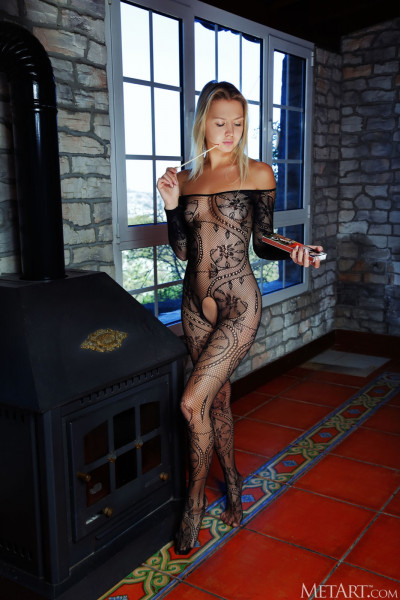 Ordinary Women Nude - mya_24_07890_1.jpg
