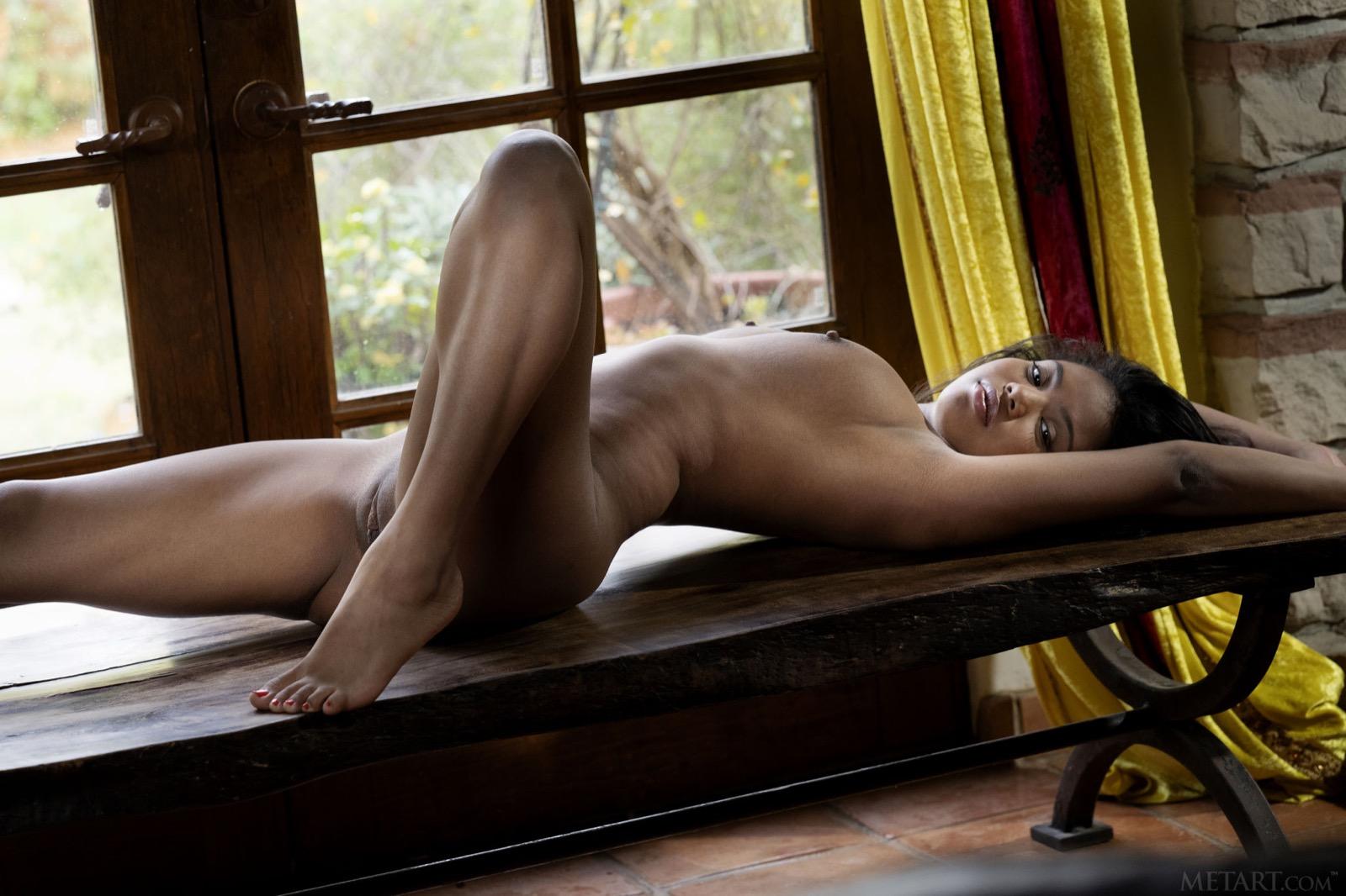 Nia Riley Nudes