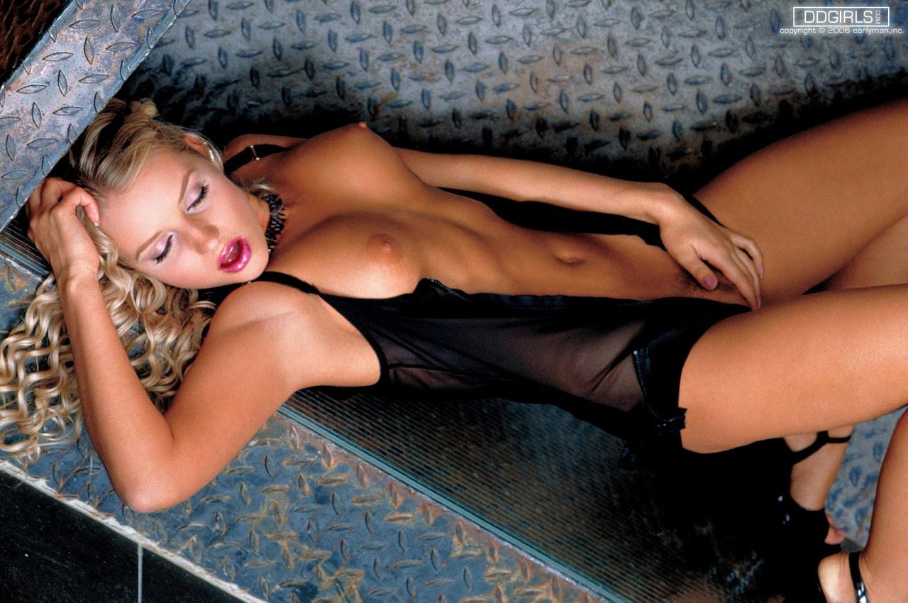 Annette louisan nackt