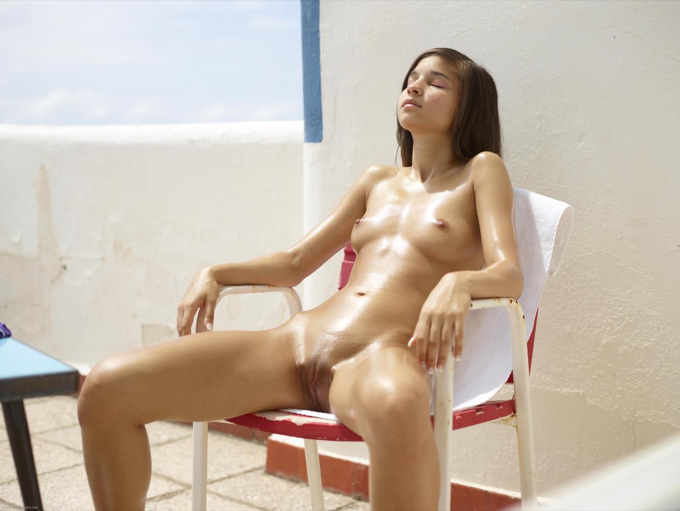 Summertime Nude Babe Teen Shaved Outdoor Erotic Hegre