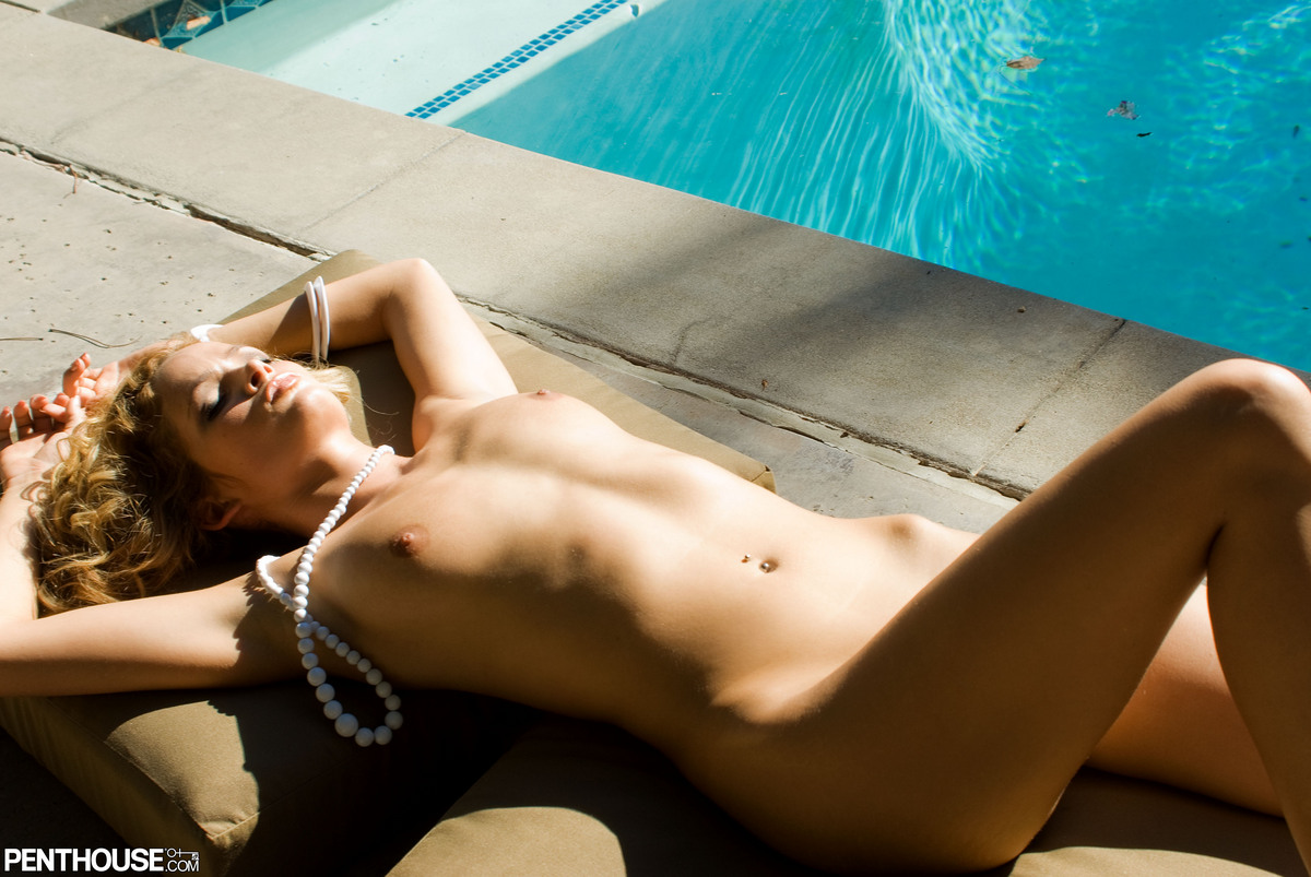 Attractive Naked Pics Of Prinzzess Photos