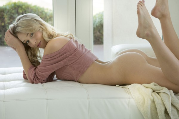 Riley Anne nude photo 9