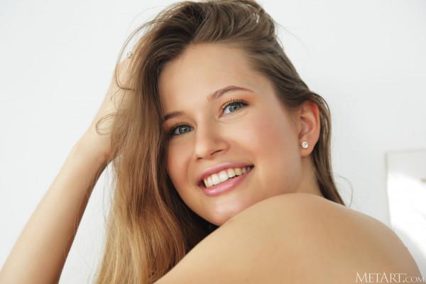 青少年的裸体女孩 - stella_cardo_25_53002_5.jpg