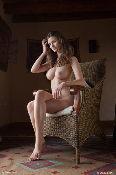 Susann nude photo 11